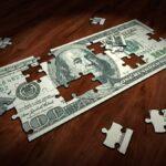 公務員の「給料が低い」は本当?原因は年功序列の仕組みにあり。